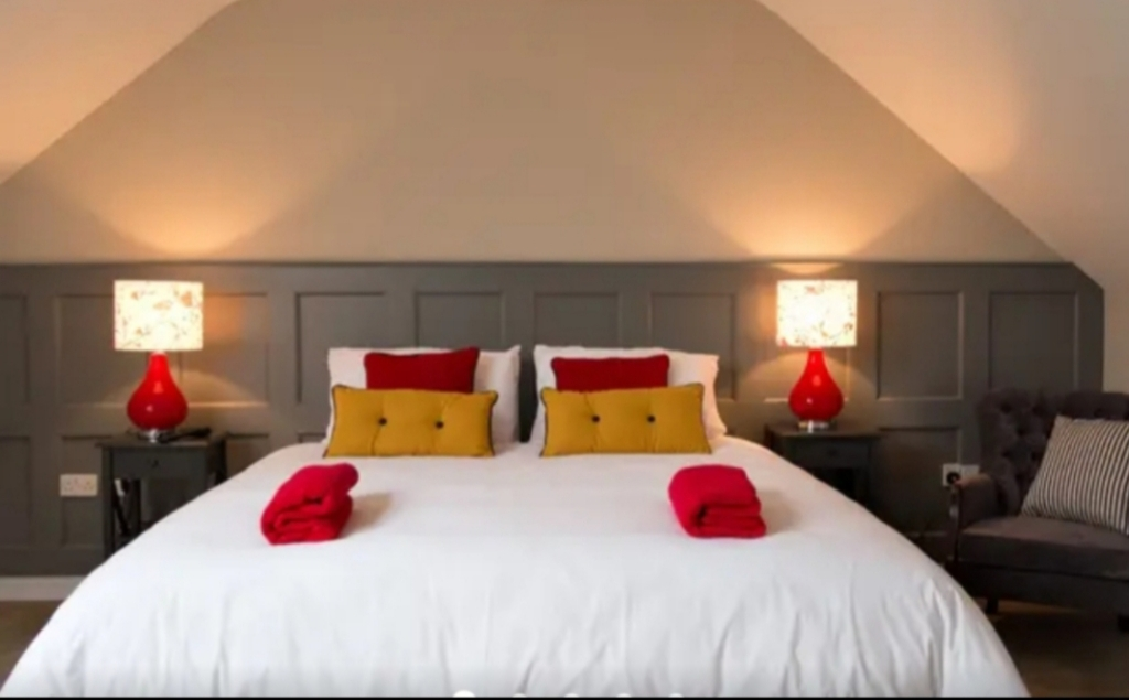 Bed and Breakfast. B&B. Accommodation. listowel. north kerry. hotel quality. hotel. rooms. lodgings. wild atlantic way. north kerry way. kerry